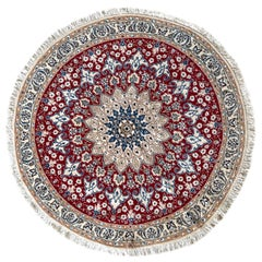 Persian Hand Knotted Medallion Floral Cream Red Nain Round Rug