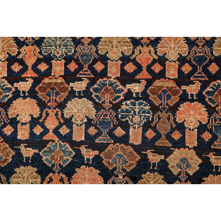 Early 20th Century Persian Malayer Carpet circa 1900 in Pure Handspun Wool and Vegetable Dyes For Sale