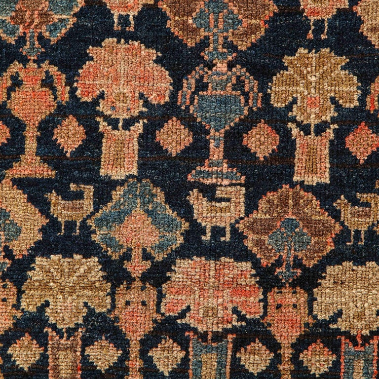 Persian Malayer Carpet circa 1900 in Pure Handspun Wool and Vegetable Dyes For Sale 1