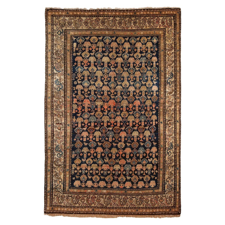 Persian Malayer Carpet circa 1900 in Pure Handspun Wool and Vegetable Dyes For Sale