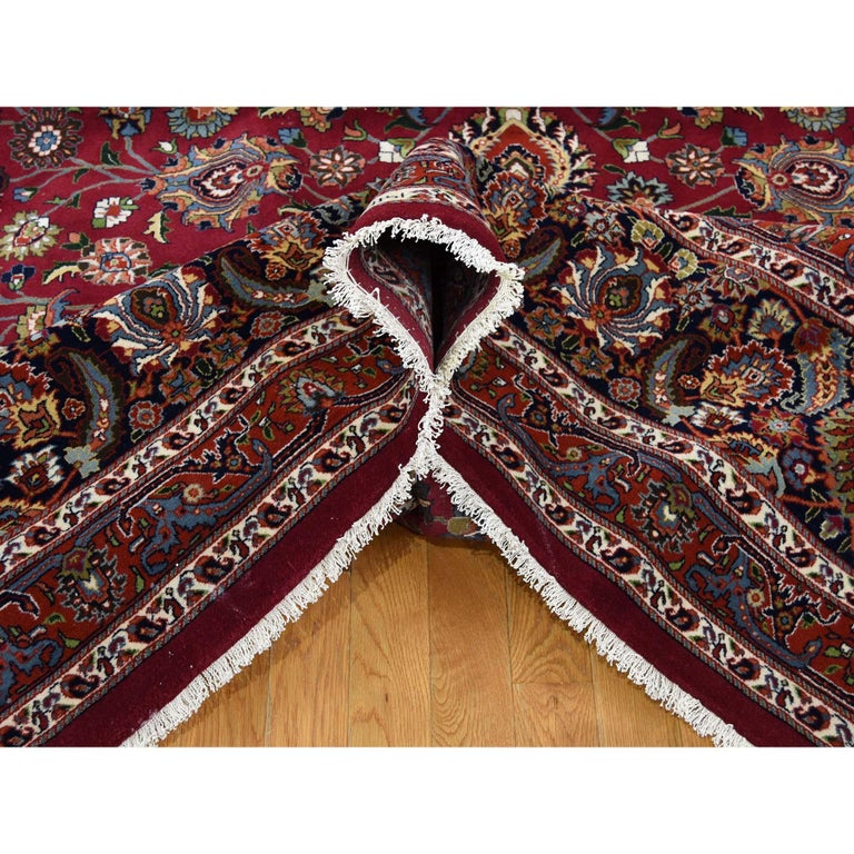 Persian Mashad 300 Kpsi High Quality Oversize Hand Knotted Rug In New Condition For Sale In Carlstadt, NJ