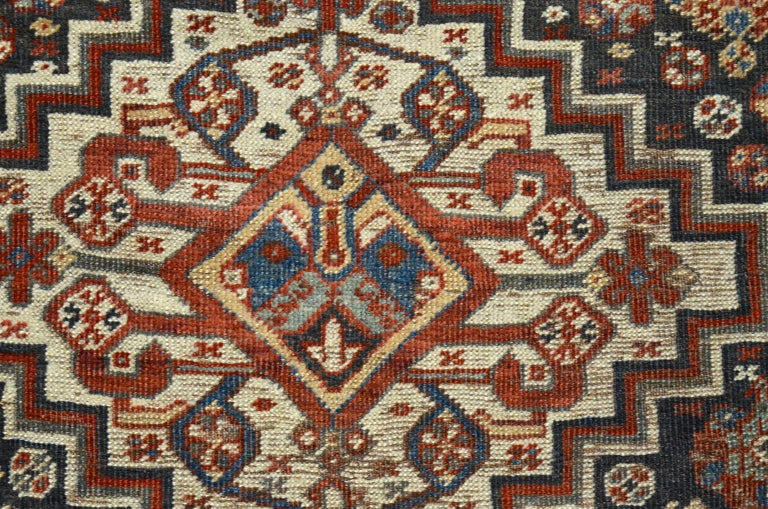 Other Persian Qashqai Carpet, circa 1880 in Pure Handspun Wool and Vegetable Dyes For Sale