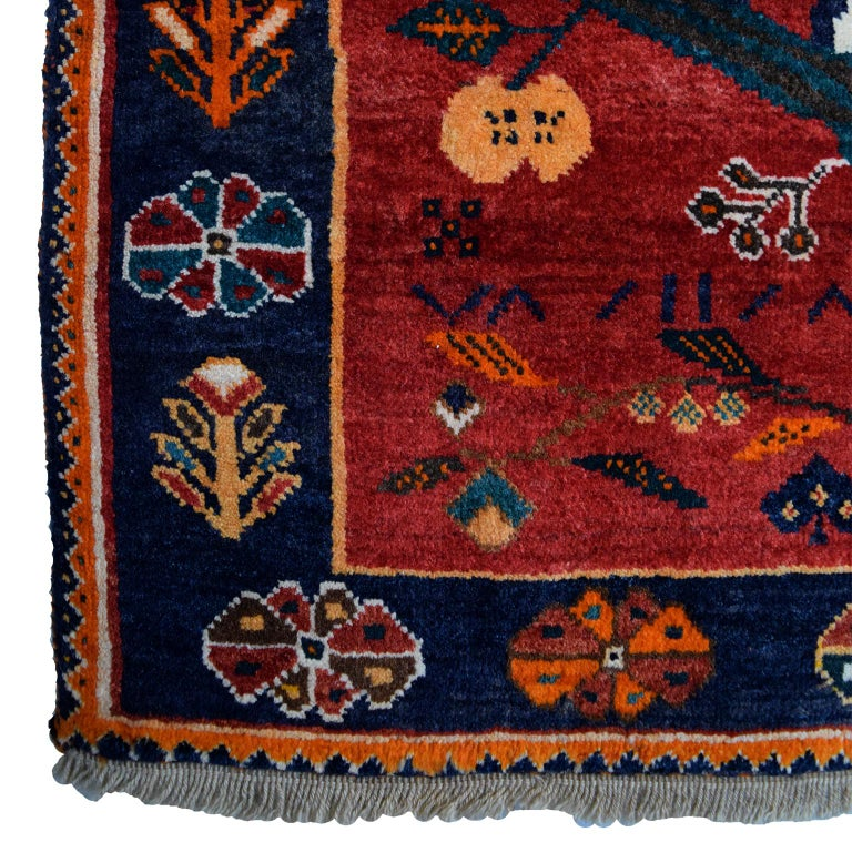 Vegetable Dyed Persian Qashqai Tiger Carpet in Pure Handspun Wool and Vegetable Dyes circa 1940 For Sale