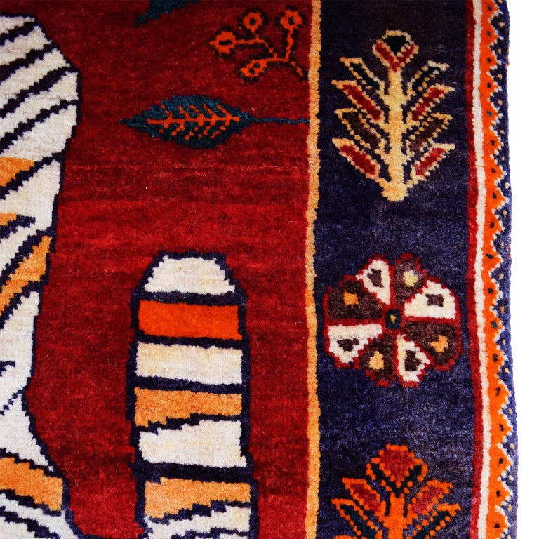 Mid-20th Century Persian Qashqai Tiger Carpet in Pure Handspun Wool and Vegetable Dyes circa 1940 For Sale