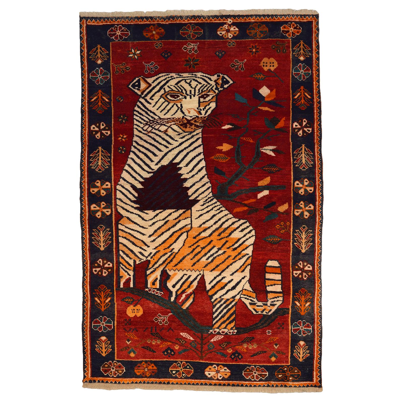 Persian Qashqai Tiger Carpet in Pure Handspun Wool and Vegetable Dyes circa 1940