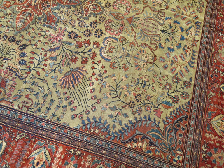 Early 20th Century Persian Sarouk Fereghan Rug For Sale