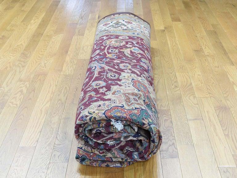 Persian Tabriz 400 Kpsi Wool and Silk Handmade Oriental Rug For Sale 4