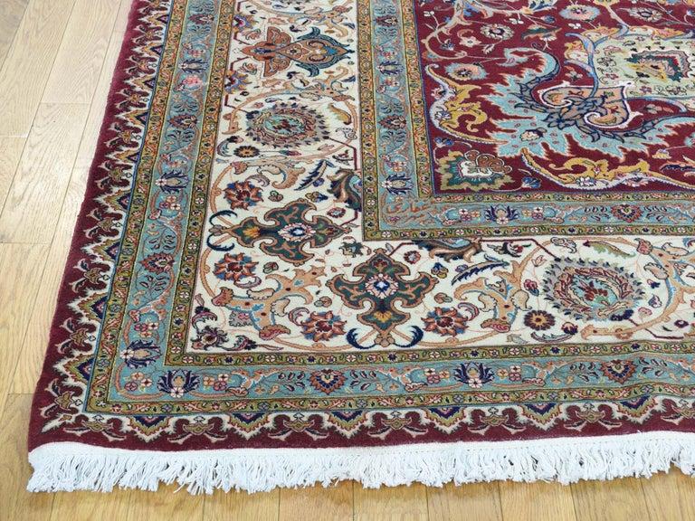 Persian Tabriz 400 Kpsi Wool and Silk Handmade Oriental Rug In Good Condition For Sale In Carlstadt, NJ