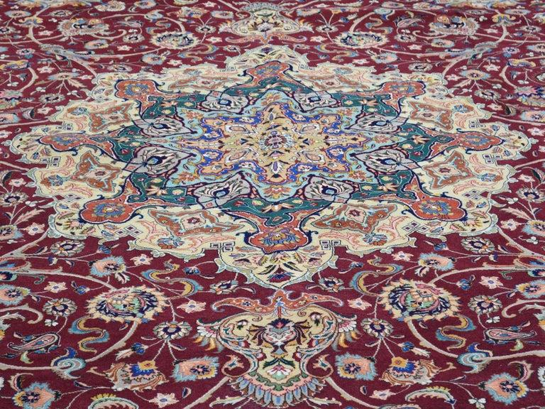 Persian Tabriz 400 Kpsi Wool and Silk Handmade Oriental Rug For Sale 3