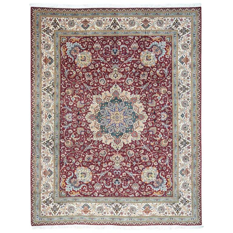 Persian Tabriz 400 Kpsi Wool and Silk Handmade Oriental Rug For Sale