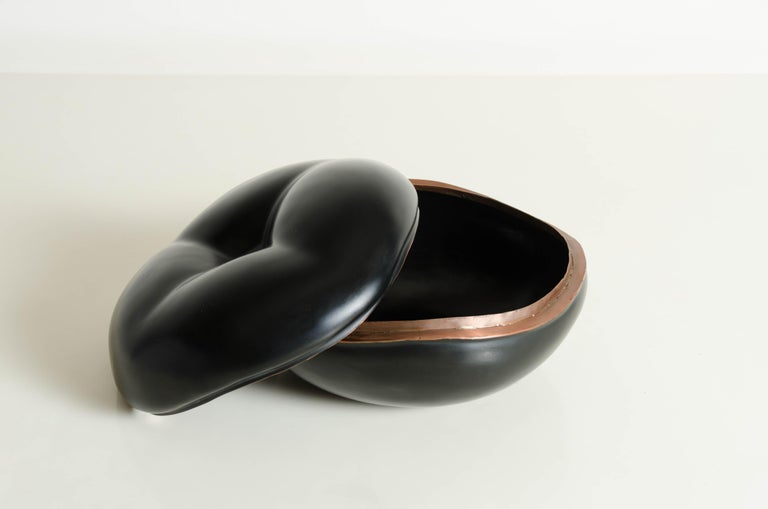 Chinese Persimmon Box in Black Lacquer by Robert Kuo, Limited Edition For Sale