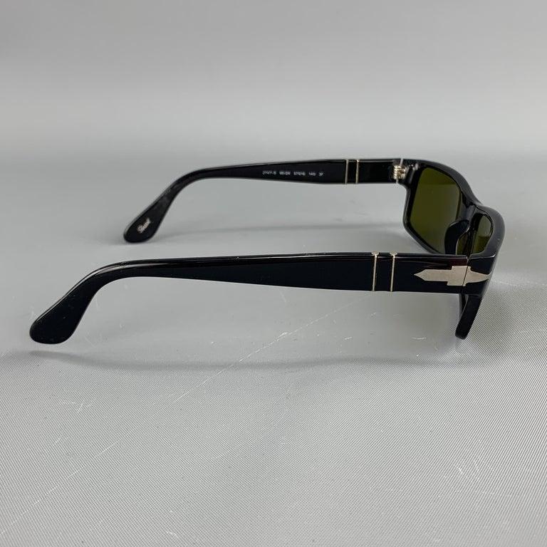 PERSOL Black Acetate Green Lens Recatngle Sunglasses In Good Condition For Sale In San Francisco, CA
