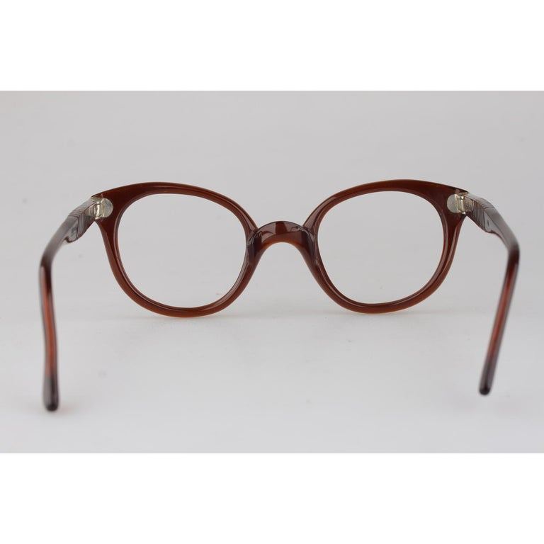 Persol Meflecto Rare Brown Eyeglasses 1940s Cicogna Ratti Torini Logo 125 Wide For Sale 2