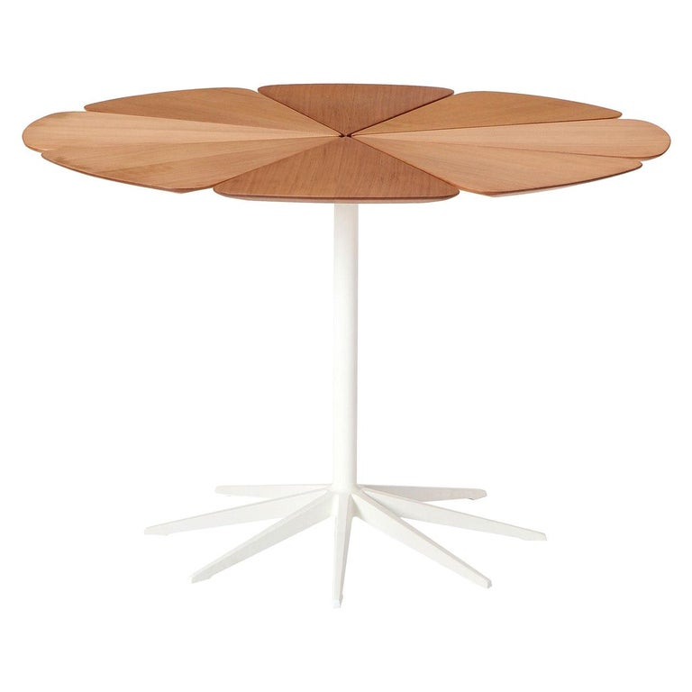 'Petal' Dining Table by Richard Schultz for Knoll For Sale