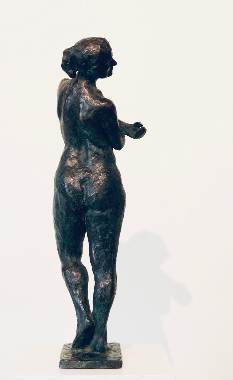 Carmen- 21st Century Contemporary  Dutch Sculpture of a Nude Posing Woman For Sale 2