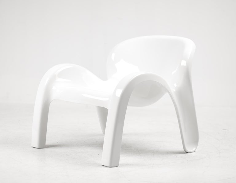 Peter Ghyczy GN2 Lounge Chair For Sale 3