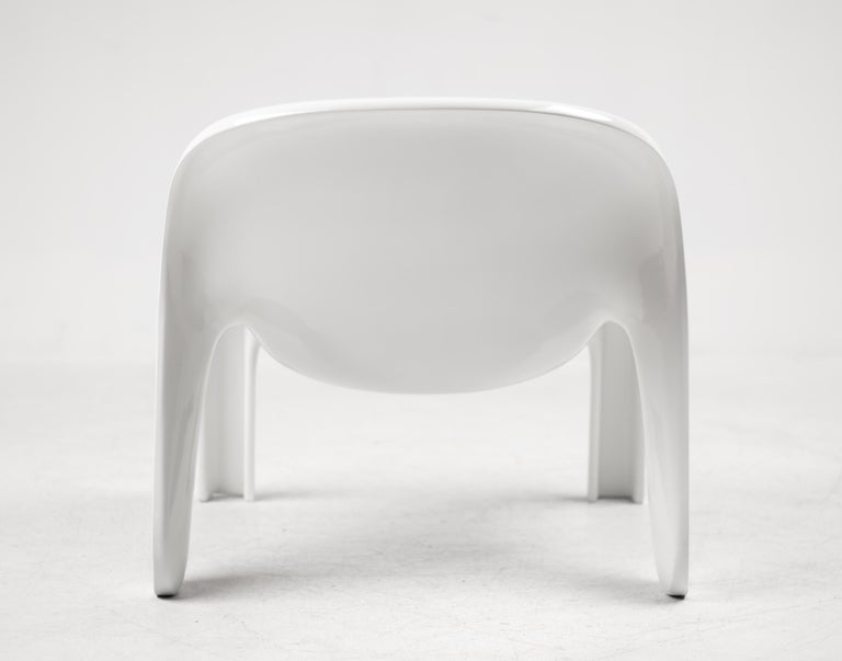 Lacquered Peter Ghyczy GN2 Lounge Chair For Sale
