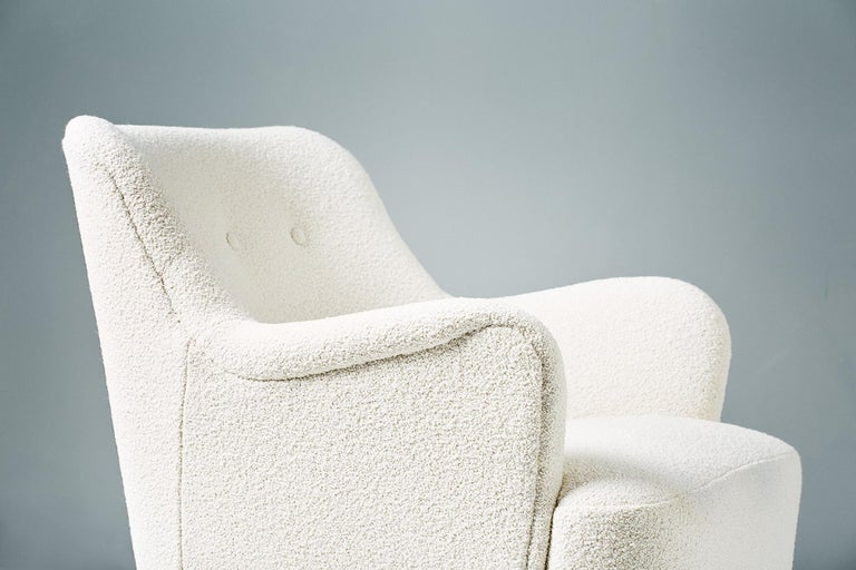 Peter Hvidt 1940s Pair of Boucle Armchair for Fritz Hansen In Excellent Condition For Sale In London, GB