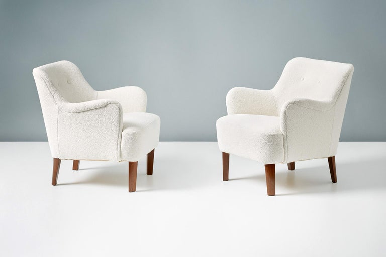 Peter Hvidt 1940s Pair of Boucle Armchairs for Fritz Hansen In Excellent Condition For Sale In London, GB