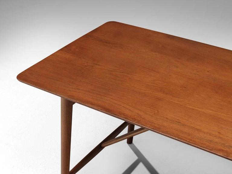 Peter Hvidt and Orla Mølgaard Nielsen Desk in Teak In Good Condition For Sale In Waalwijk, NL