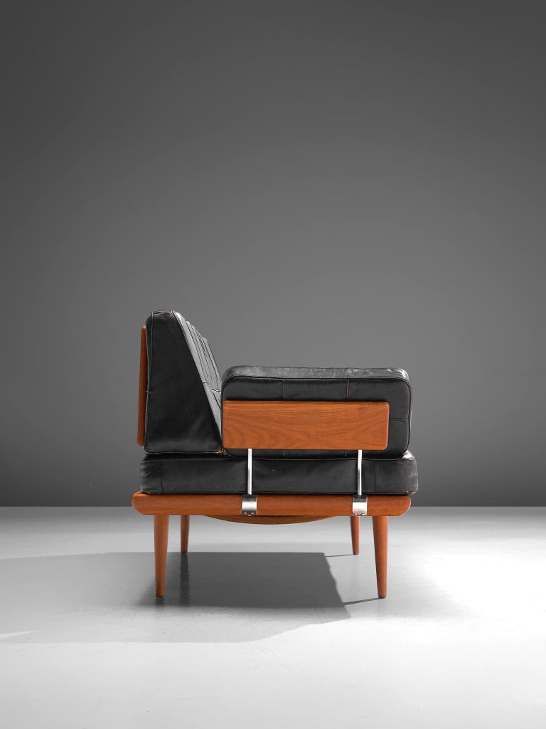 Danish Peter Hvidt and Orla Mølgaard-Nielsen 'Minerva' Daybed in Original Leather For Sale