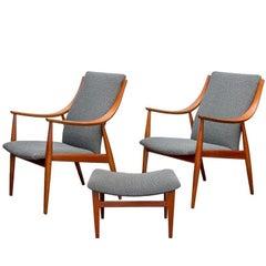 Peter Hvidt FD148 Easy Chairs and Ottoman Set for John Stuart