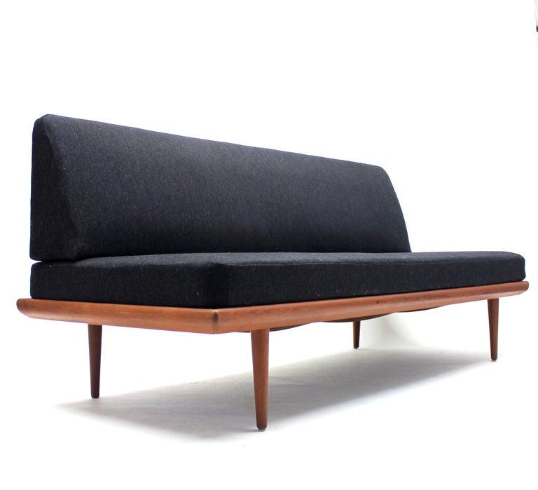 Peter Hvidt & Orla Mølgaard, Minerva Sofa/Daybed, France & Søn, 1960s For Sale 2
