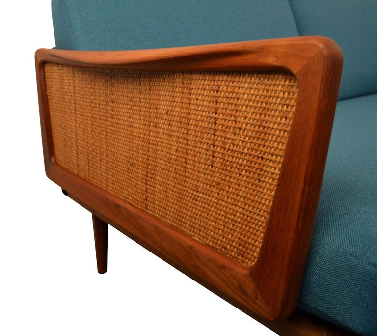 Peter Hvidt & Orla Mølgaard-Nielsen #451 Teak Sofa In Good Condition For Sale In Panningen, NL