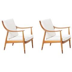 Peter Hvidt & Orla Mølgaard-Nielsen Model FD-146 Teak and Oak Lounge Chairs