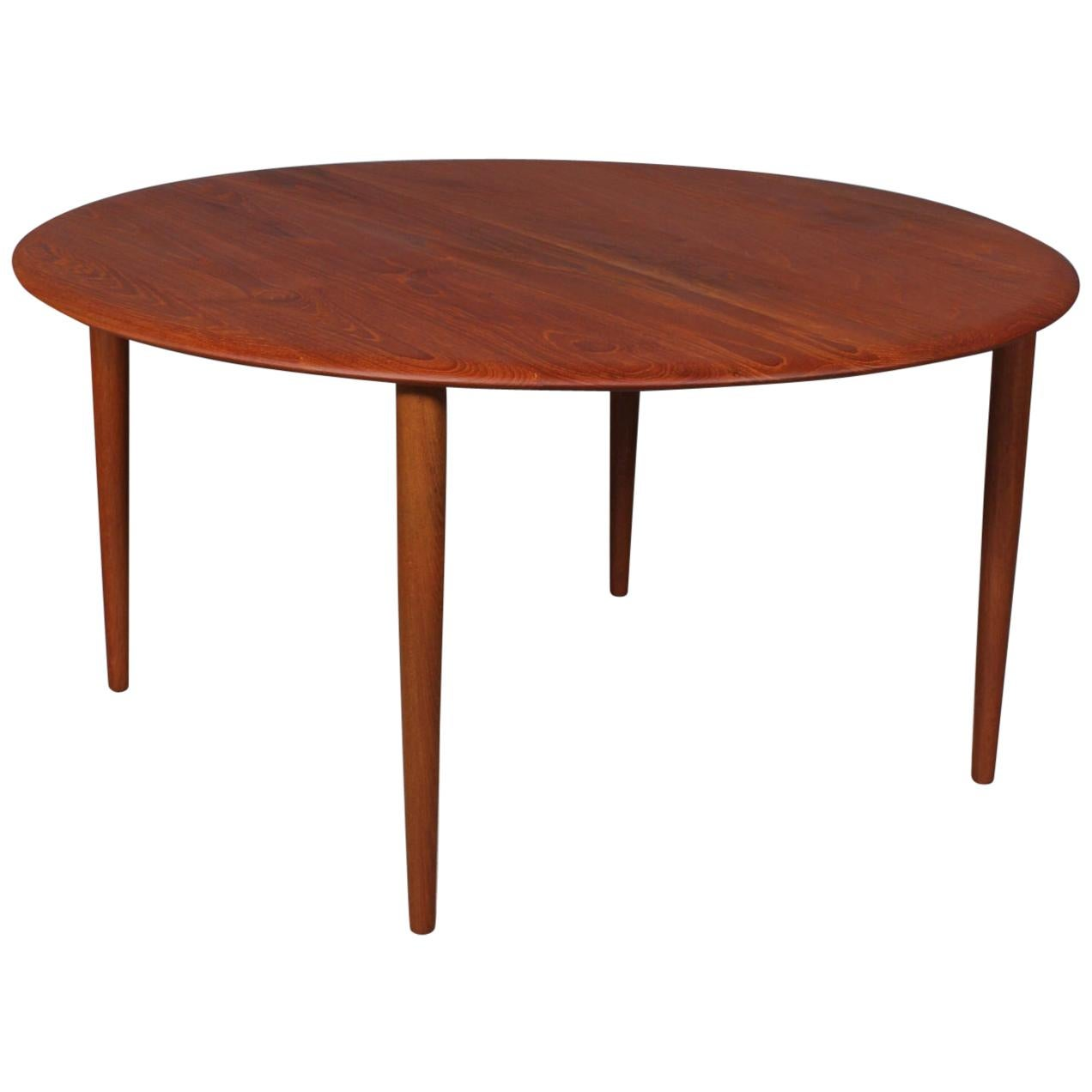 Peter Hvidt & Orla Mølgaard-Nielsen Sofa Table