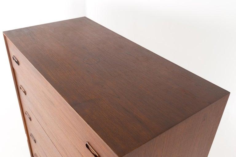 Peter Hvidt Style Midcentury Danish Teak 5-Drawer Highboy Dresser Chest For Sale 2