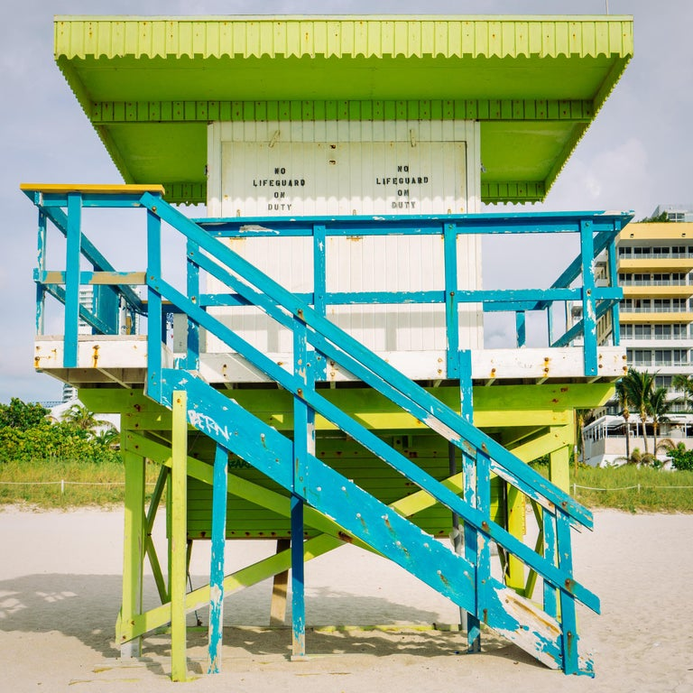 """Peter Mendelson Color Photograph - """"1st Street Miami Lifeguard Stand - Front View,"""" Contemporary Photograph - 20x20"""