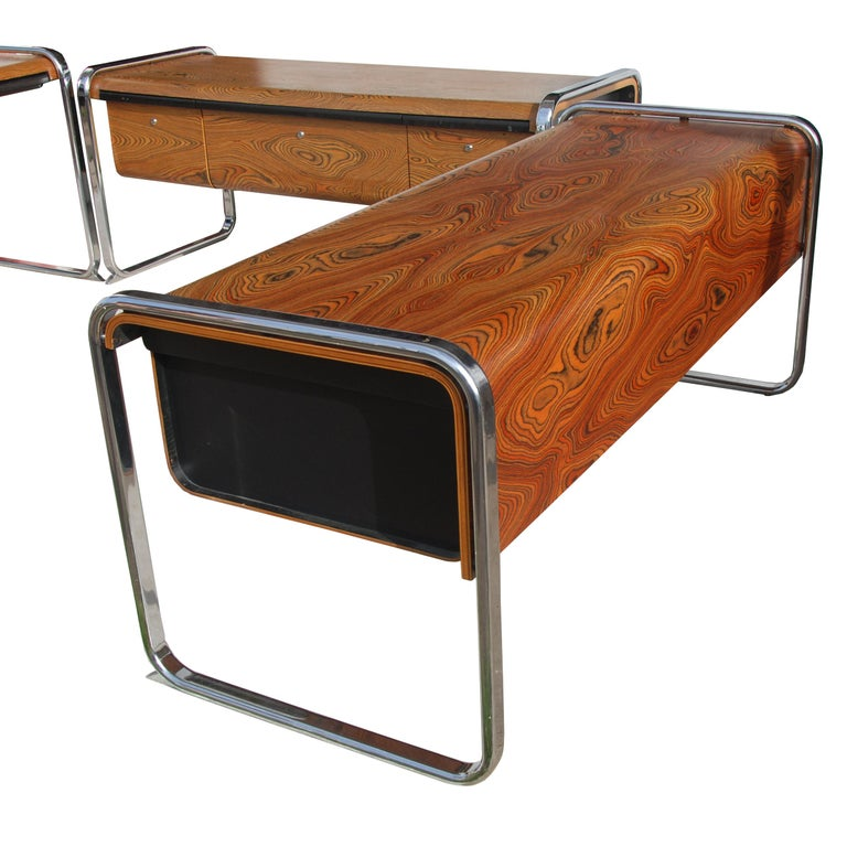 Peter Protzmann Zebra Wood and Chrome Desk for Herman Miller In Good Condition For Sale In Pasadena, TX