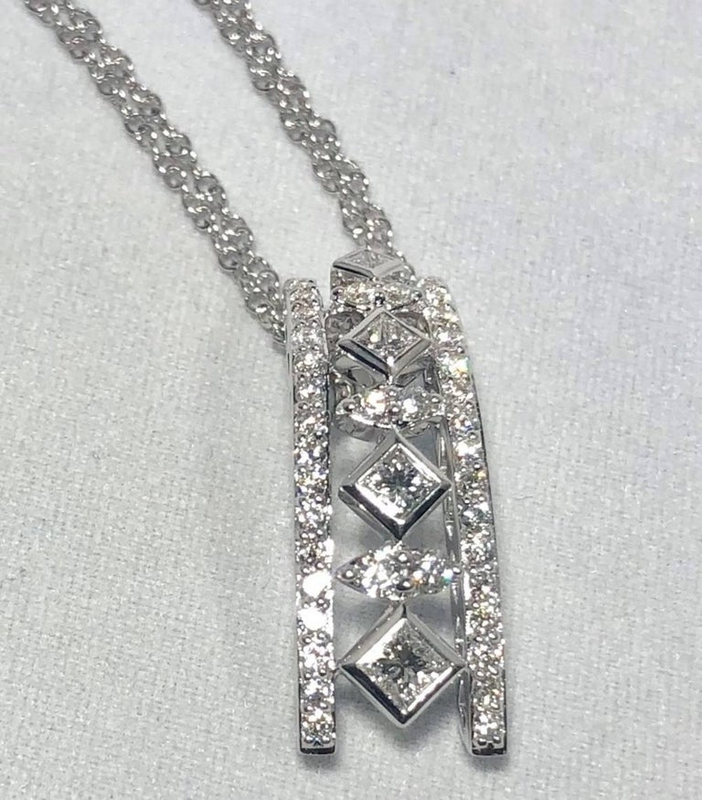 Princess Cut Peter Storm 18 Karat White Gold and Princess and Round Diamond Pendant Necklace For Sale