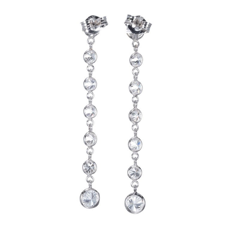 Peter Suchy 1.50 Carat Diamond Gold Dangle Drop Earrings In Excellent Condition For Sale In Stamford, CT