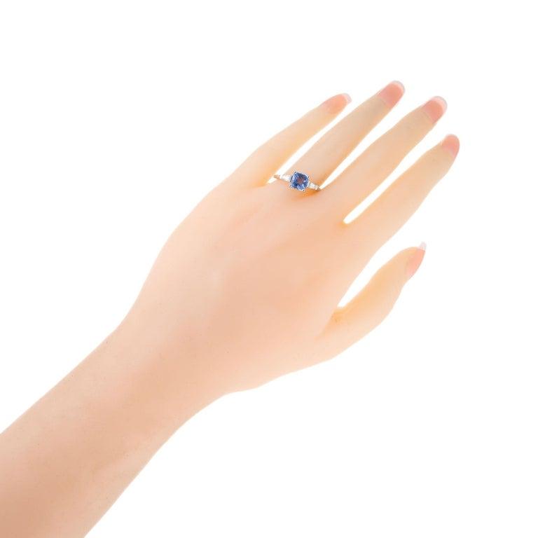 Peter Suchy 1.55 Carat Sapphire Diamond Platinum Three-Stone Engagement Ring For Sale 1