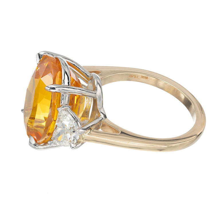 Peter Suchy GIA 14.54 Yellow Orange Sapphire Diamond Gold Cocktial Ring In New Condition For Sale In Stamford, CT