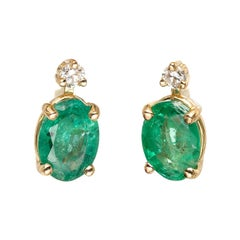 Peter Suchy GIA Certified 1.47 Carat Emerald Diamond Yellow Gold Stud Earrings