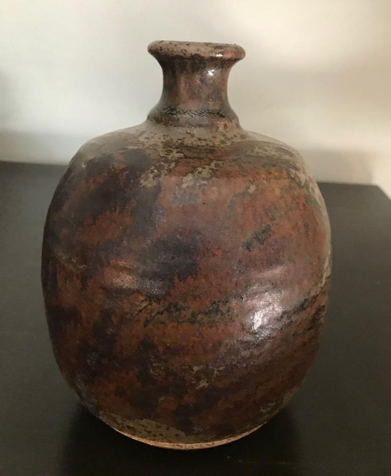 Hand-Crafted Peter Voulkos Signed Mid-Century Modern Stoneware Pottery Vase, circa 1950s For Sale