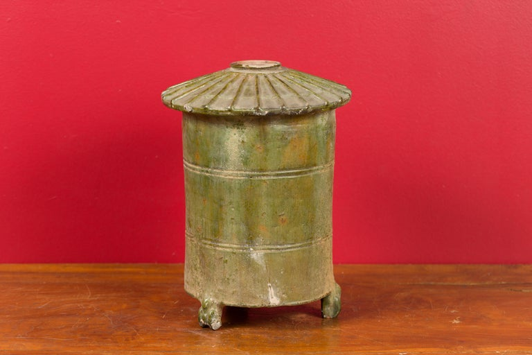 Petit Chinese Ming Dynasty 17th Century Terracotta Granary with Verdigris Patina For Sale 5