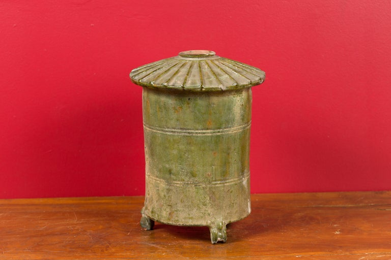 Petit Chinese Ming Dynasty 17th Century Terracotta Granary with Verdigris Patina For Sale 6