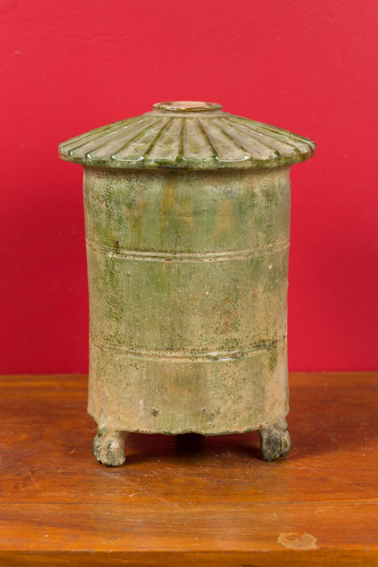 Petit Chinese Ming Dynasty 17th Century Terracotta Granary with Verdigris Patina For Sale 1