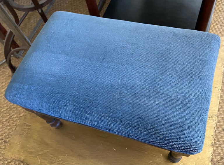 Petite Antique Carved Wood Low Footstool In Good Condition For Sale In Great Barrington, MA