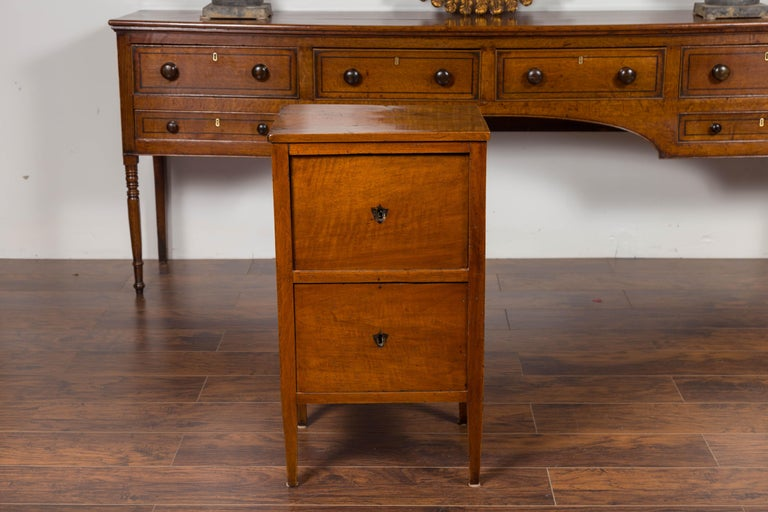 Petite Austrian 1840s Biedermeier Period Walnut Commode with Two-Drawers In Good Condition For Sale In Atlanta, GA