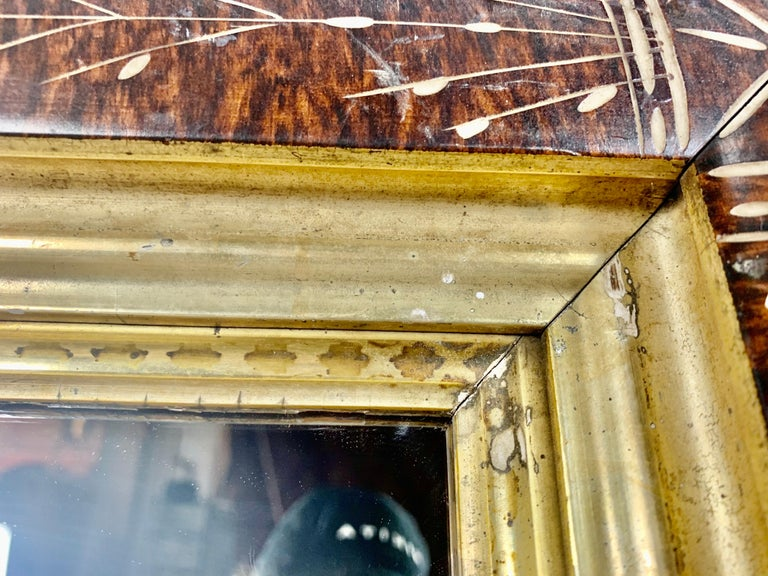 Petite English Wood Mirror with Giltwood Detail In Good Condition For Sale In Los Angeles, CA