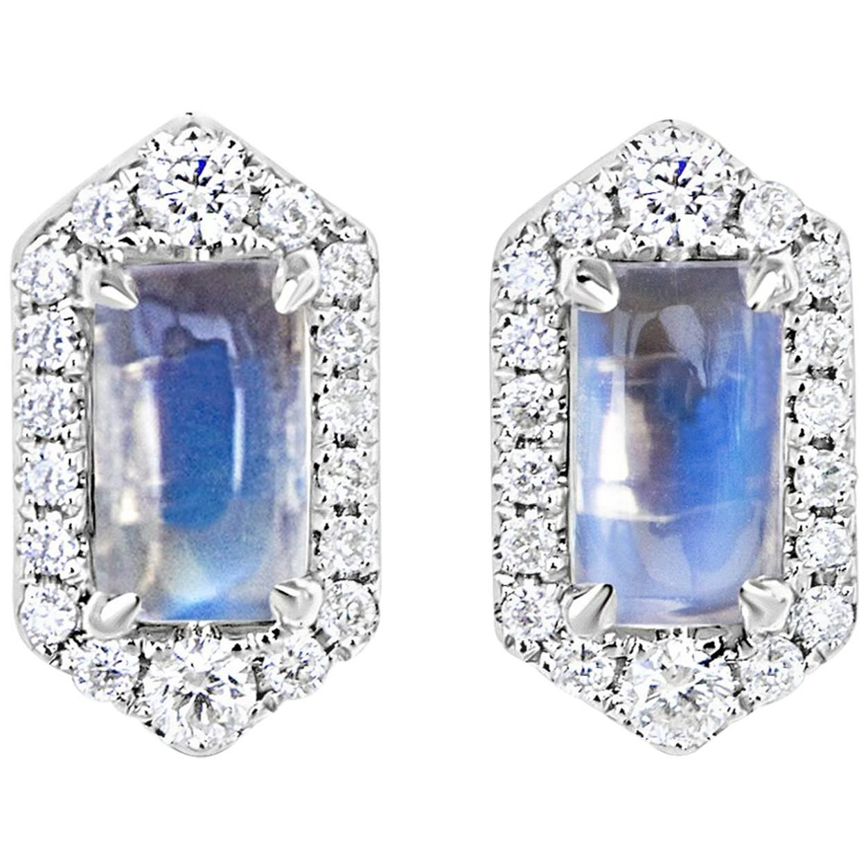 a253eb02c Trillion Moonstone and Diamond Stud Earrings For Sale at 1stdibs