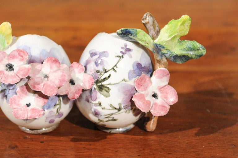 Petite Italian Glazed and Hand Painted 19th Century Two-Pots Floral Majolica For Sale 6