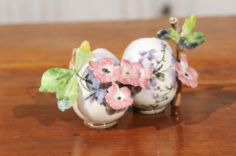Petite Italian Glazed and Hand Painted 19th Century Two-Pots Floral Majolica For Sale 7