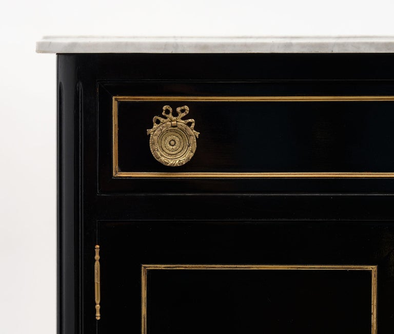 Early 20th Century Petite Louis XVI Style French Buffet For Sale