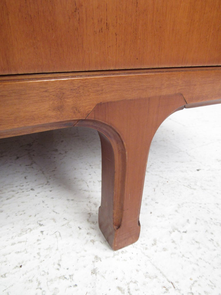 Petite Mid-Century Modern Credenza For Sale 8